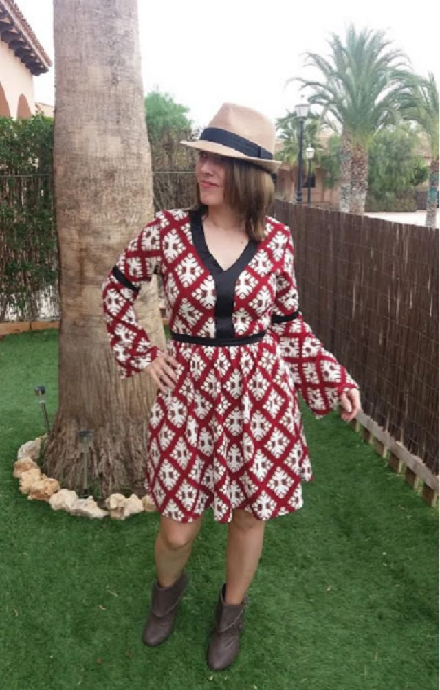 The most beautiful cowgirl dress I have ever had, I recommend it, for a spectacular and modern outfit.