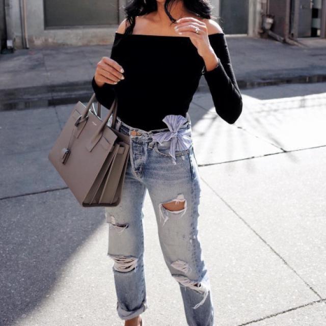 I love this off shoulder black top!!