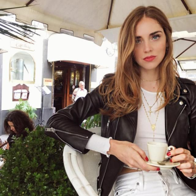 Chiara Ferragni rocks with this jacket of ZAFUL!