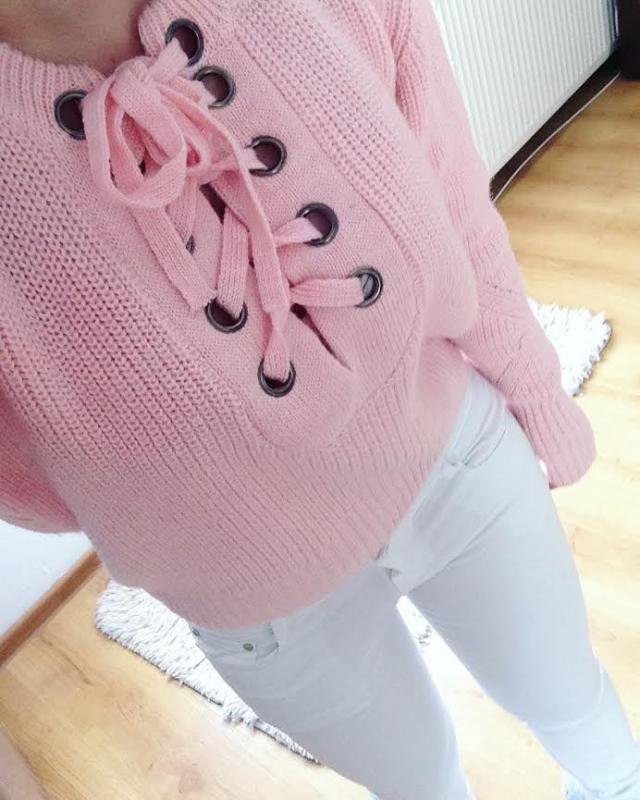 white & pink - always a good idea :)