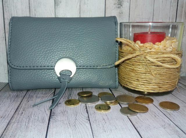 Metal Embellished Tri Fold Samll Wallet - Deep gray        http://www.zaful.com/metal-embellished-tri-fold-samll-…