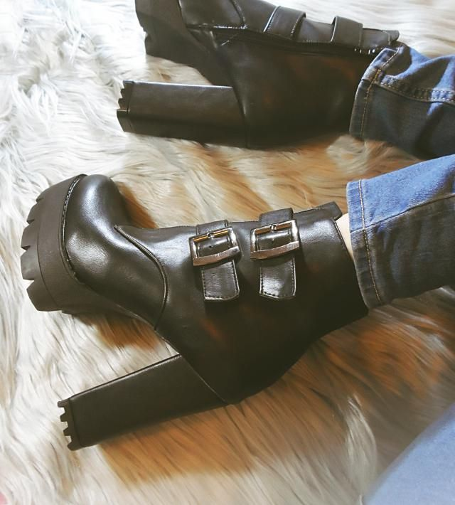 Nu Goth Style Buckle Boots <3