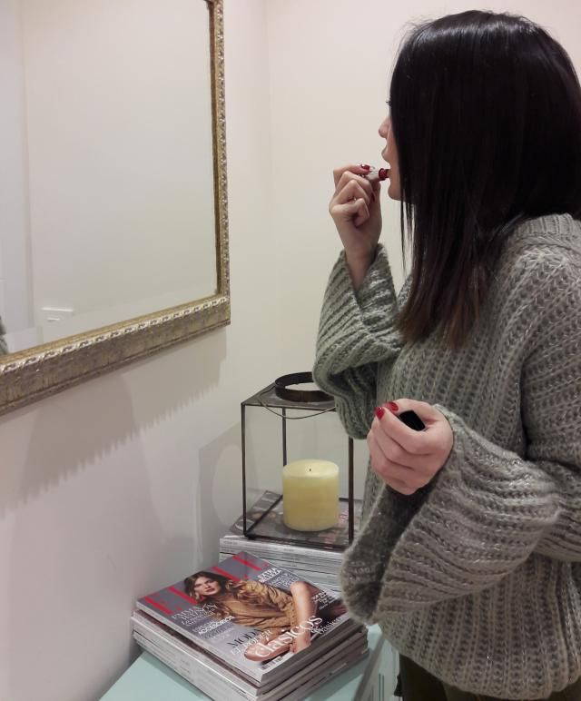 In love with my new Bell Sleeve chunky sweater! It is really comfy, cosy and beautiful in every senses.