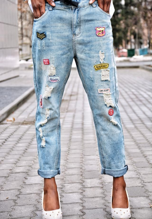 http://dimplekhadi.blogspot.com/2017/03/corset-boyfriend-jeans.html
