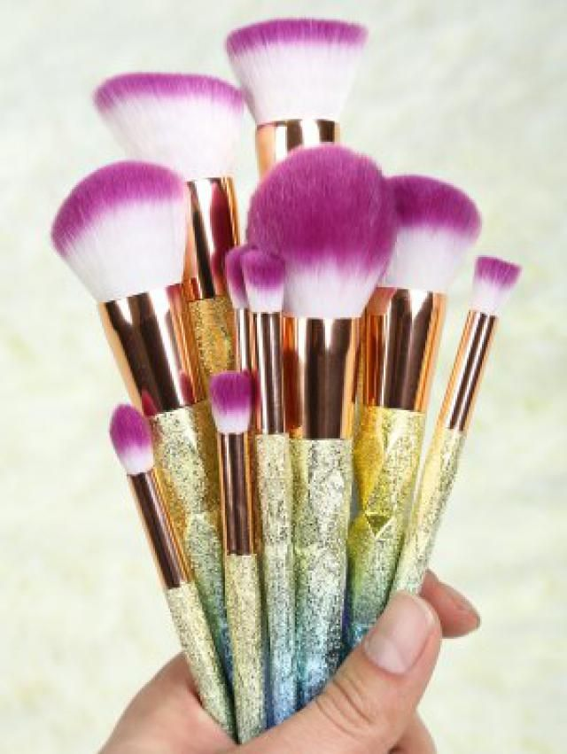 Every girl&;s dream, because the brush never enough. I&;d like to use them in your make up routine.