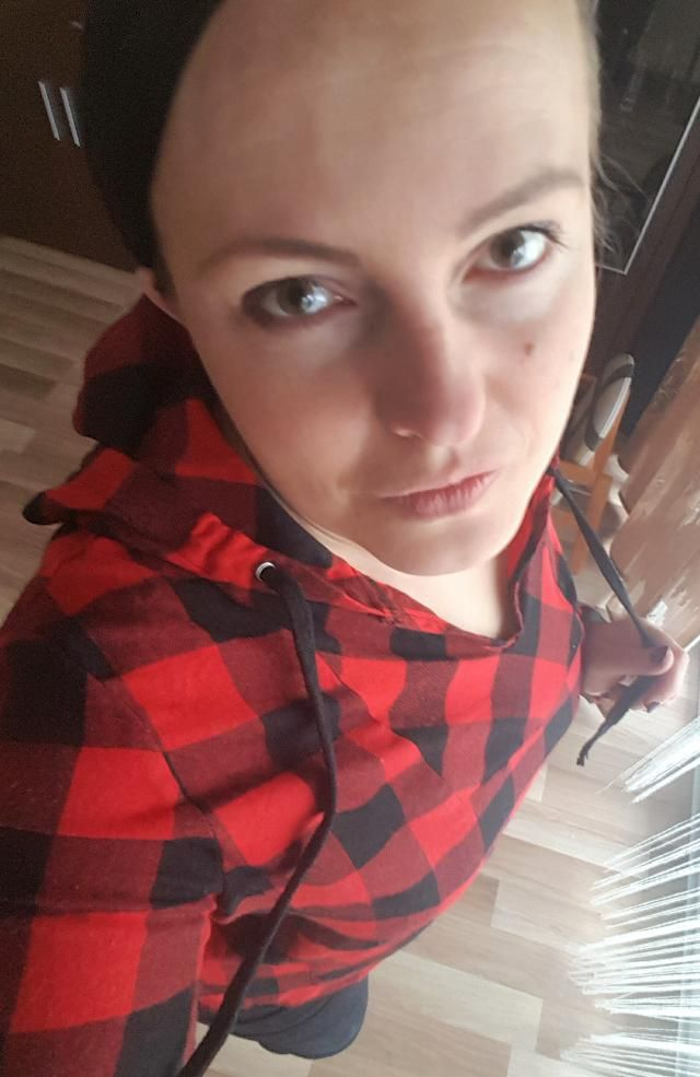 Comfortable plaid red sweatshirt from  :)