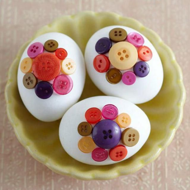 last but not least the Buttoneggs.  This works very fast and is a easy number. Everyone can do this easy DIY. You j…