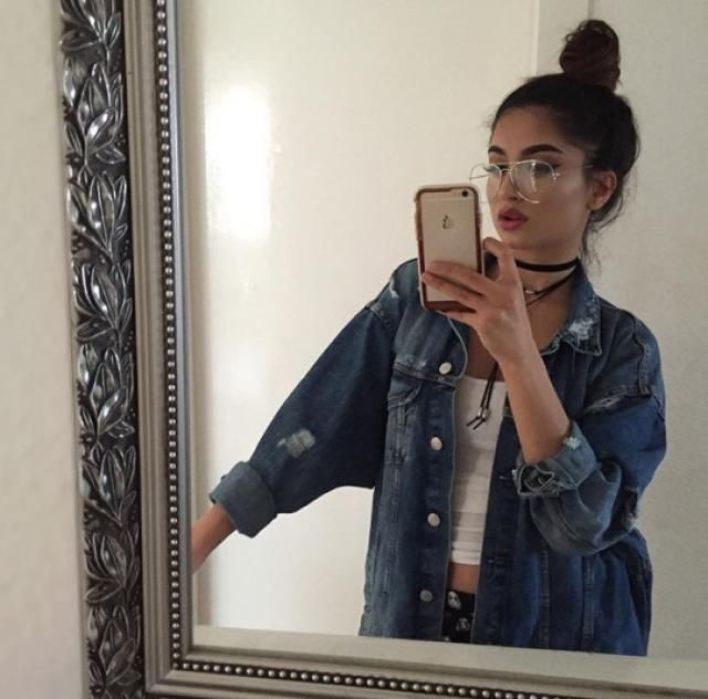 ♥♥ I'm in love with this beautiful denim jacket ♥♥♥