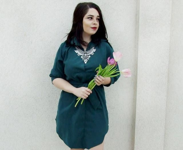 Review of this beautiful dress you can see here: https://goo.gl/RB7dj3