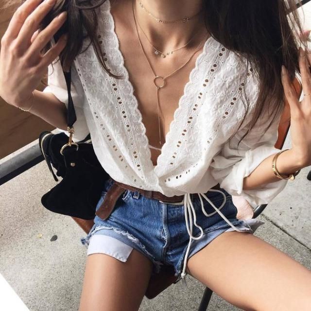 Spring and summer are my favorite seasons and I love this kind of clothes!  btw for everyone who follows me I just wan…