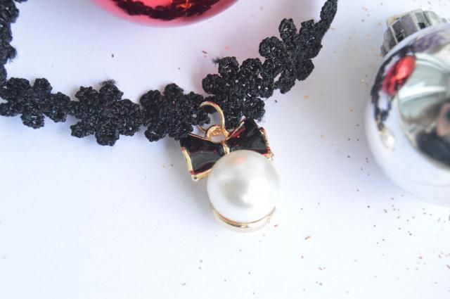 Would you like to see a look using this choker?!