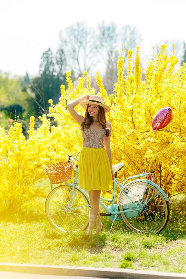 Every month we will pick a color as the Color Of The Month.  On May, we pick Yellow!  It's a bring and joyful colo…