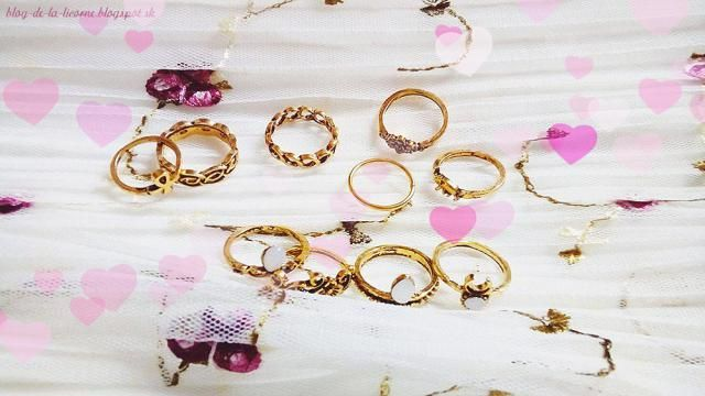 They´re not the ordinary ones - you wear them mostly on the upper part of your finger. In case you have too skinny fing…