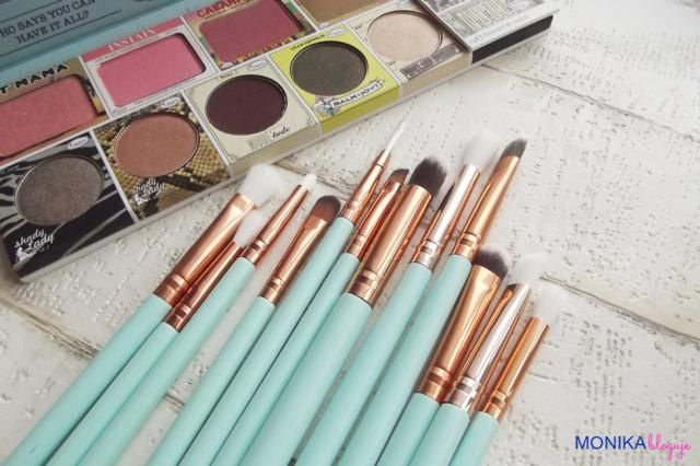 Makeup brushes set from ZAFUL :)