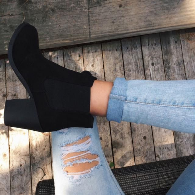 This black boots are perfect for every season! do you like it? please let me know in the comments! ♥♥♥♥♥♥♥♥♥♥♥♥        …