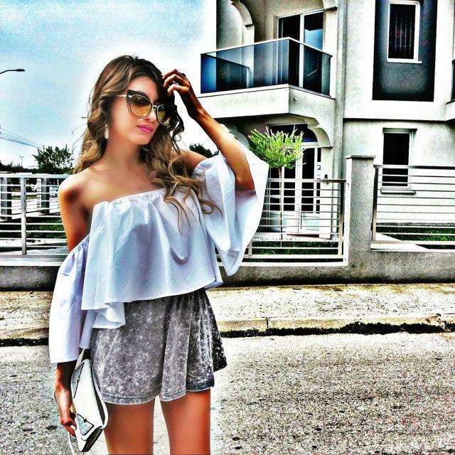 IG: @tijamomcilovic Love this  top