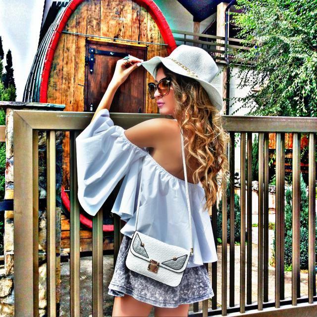 IG: tijamomcilovic   top and hat ,