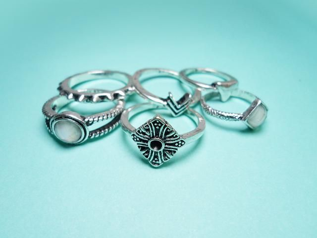 Tribal ring set by Zaful features six elegant rings, two of them also include beautiful semi precious stones. All of th…