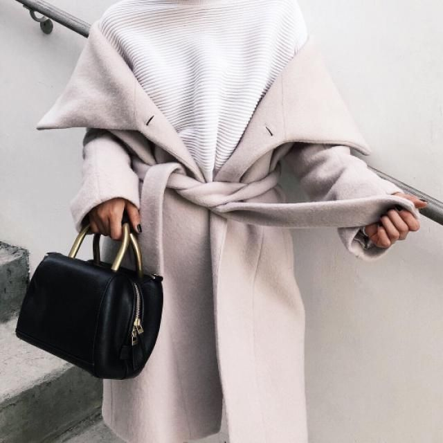 Beautiful Coat! do you like it? let me know in the comments!♥♥♥♥♥♥♥♥♥♥
