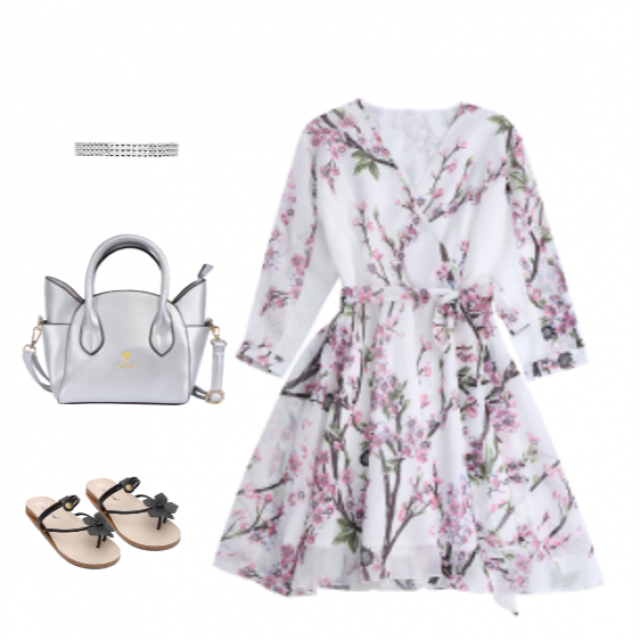 A floral pink dress is the best thing you can wear to rock this summer