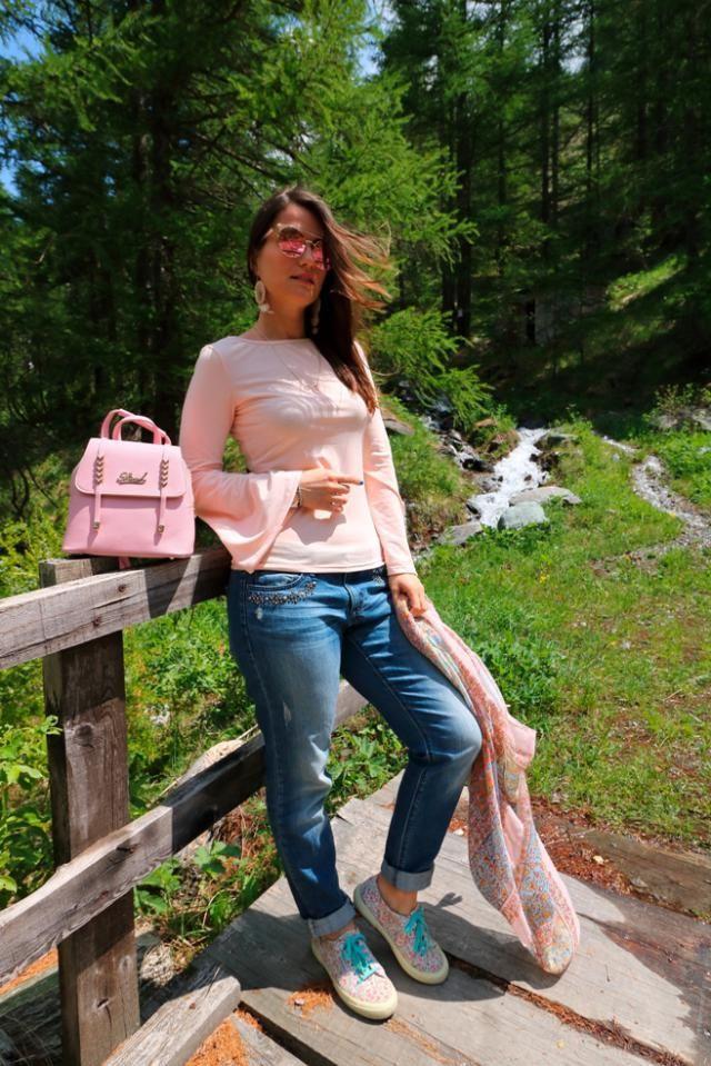Beautiful pink backpack!!