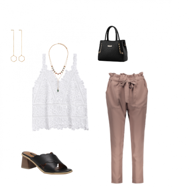 Perfecto look for a working office girl