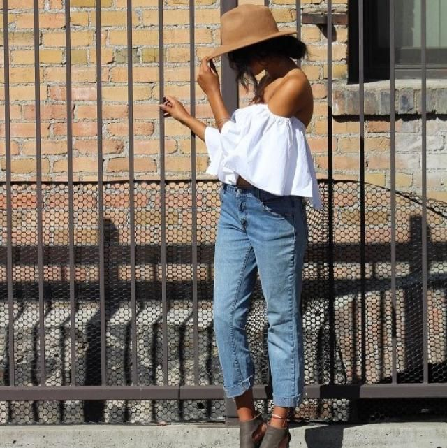 Beautiful off shoulder top! do you like it? let me know in the comments!❤️❤️❤️❤️❤️❤️❤️❤️❤️                       …