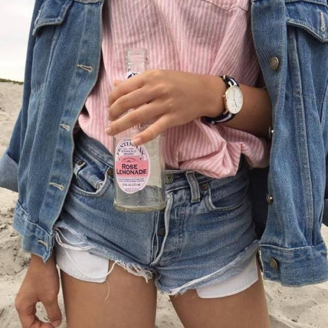Beautiful denim jacket! do you like it? let me know in the comments!❤️❤️❤️❤️❤️❤️❤️❤️❤️                     …