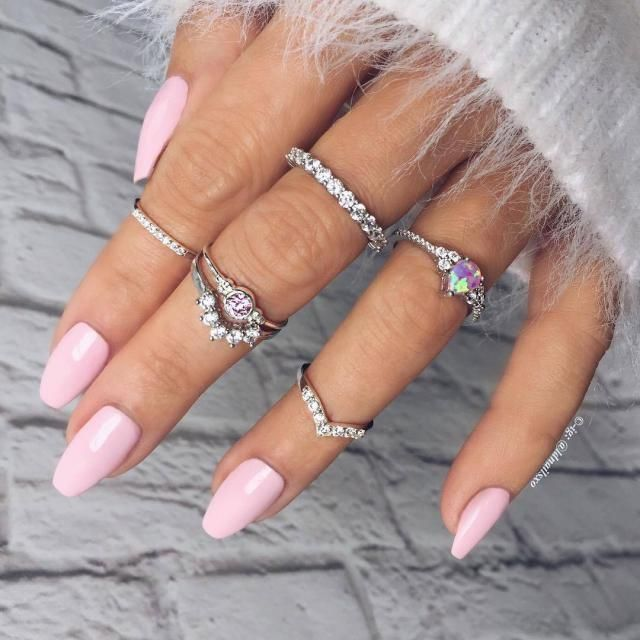 get these midi rings now from zaful. I'm stocking up. love midi rings so much