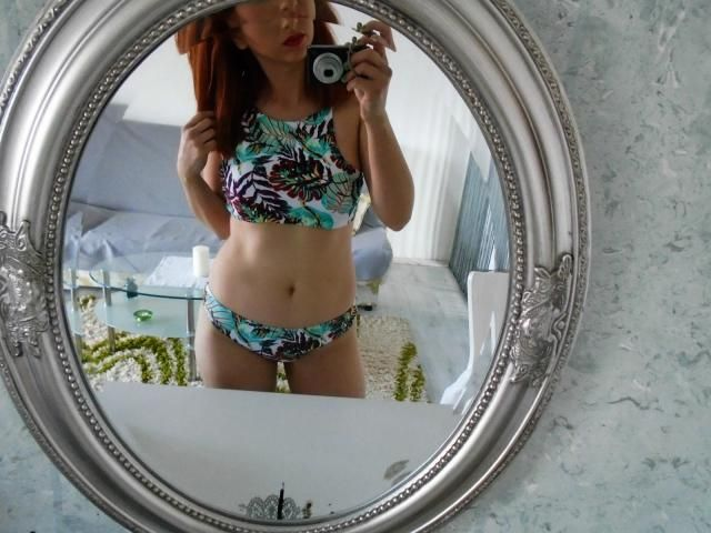 This is a perfect bikini, love the print and design :)