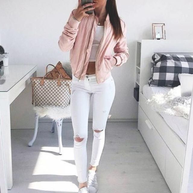 Beautiful pink bomber jacket!!♥♥