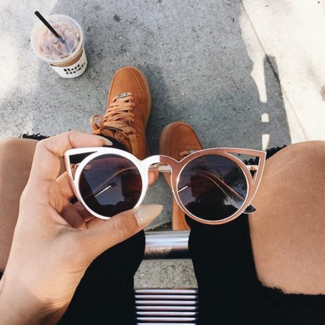 Beautiful gold sunglasses!!♥♥