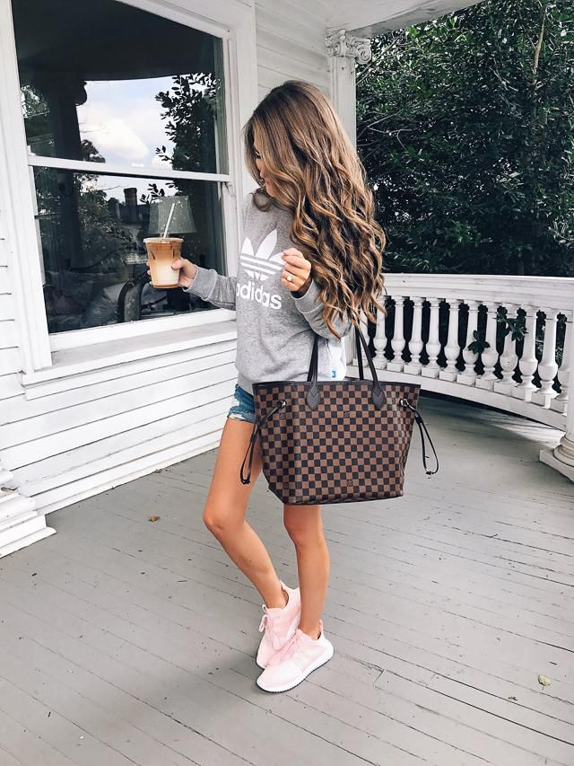 Perfect outfit for shopping!