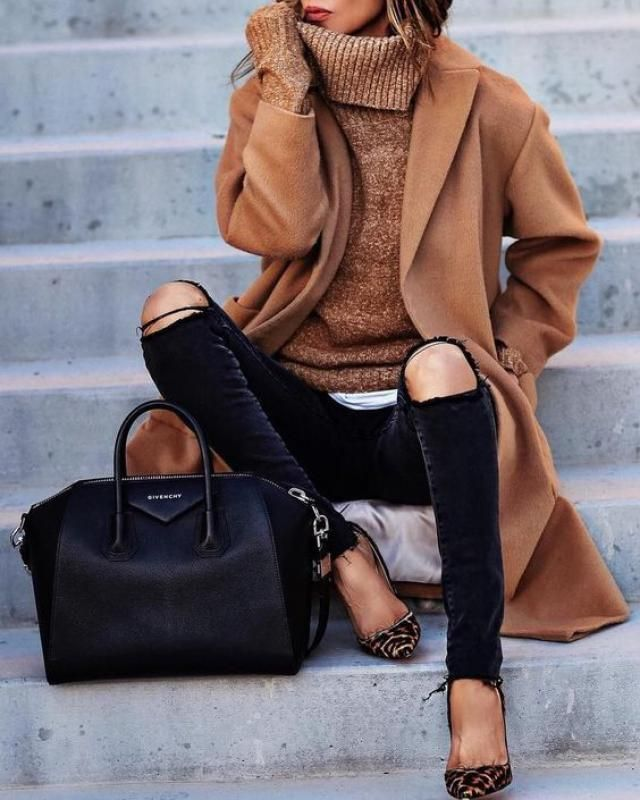 Autumn fall fashion 2017. Brown coat is a must have for autumn 2017