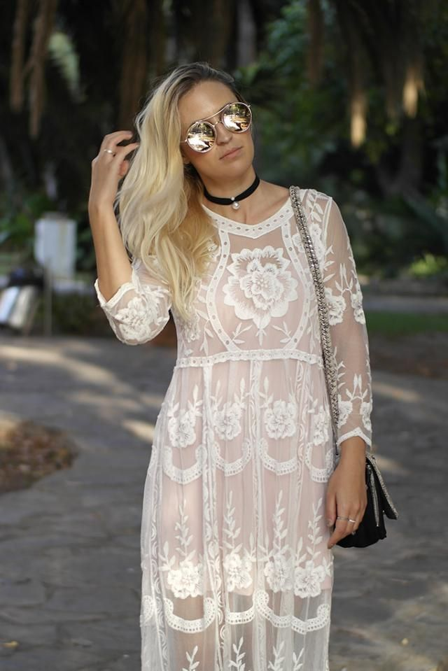 Choker time! with lace dress and pink glasses, so cool!