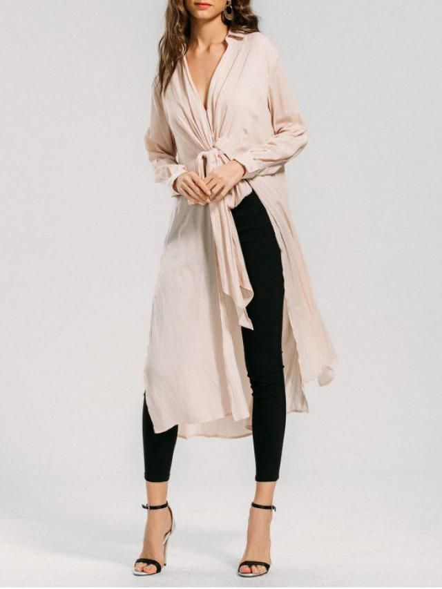 a long blouse that emphasizes body structure