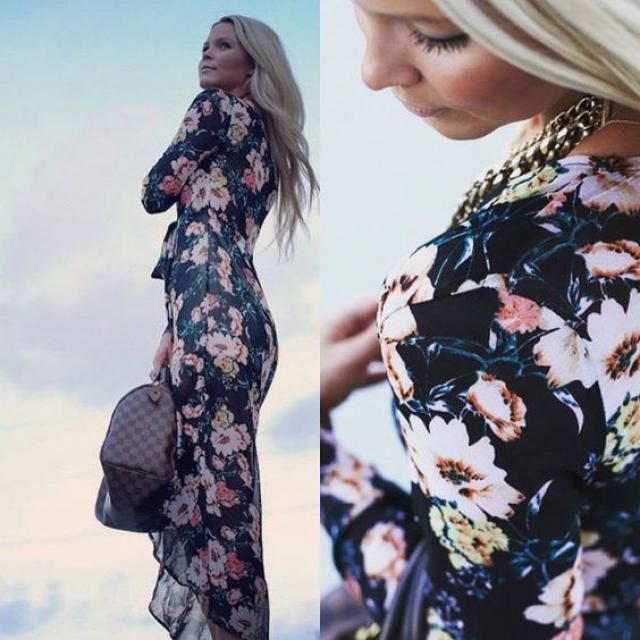 I love floral dress!!!