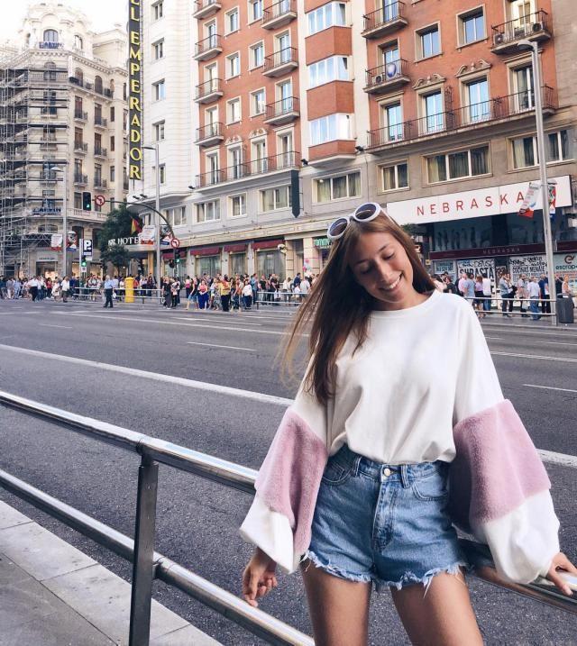 Oversized Faux Fur Embellished Puff Sleeve Sweatshirt!!!