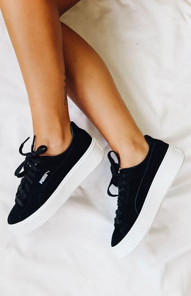 Sneakers, sporty style!!