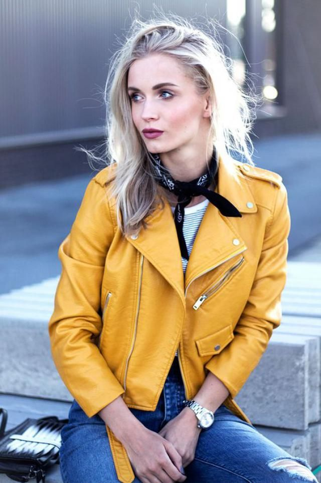 You are beautiful, yellow jacket is chic!!