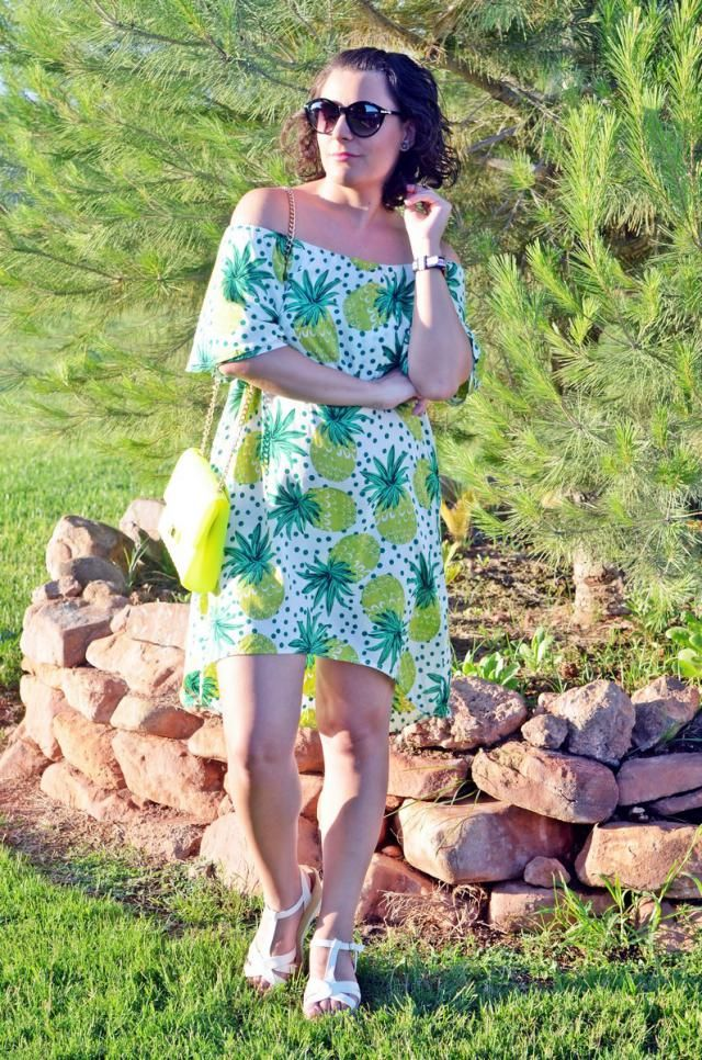 Pineapple dress             http://mivestidoazul.com/looks/vestido-de-pinas/