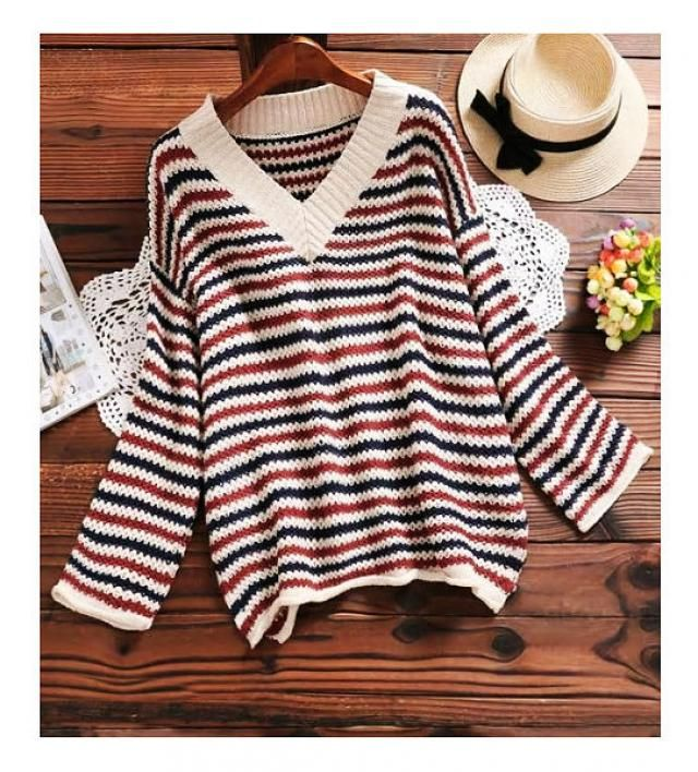 How cute is this sweater? I LOVE THIS and I WANT THIS!