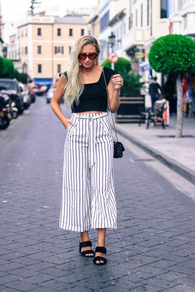 Culotte pants with stripes is always a good idea! welcome fall          white