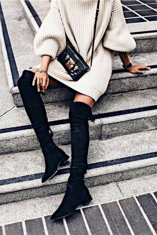 I love the long boots, it makes you so feminine.