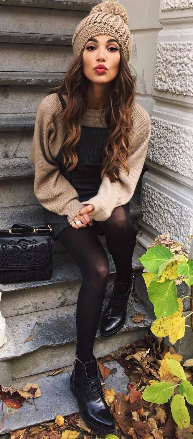 Autumn clothes is my favorite clothes.