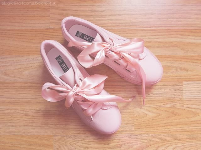 Oh my gosh! I just love them sooo much! What a lovely colour they are ♥ They are exactly as in the picture :))         …