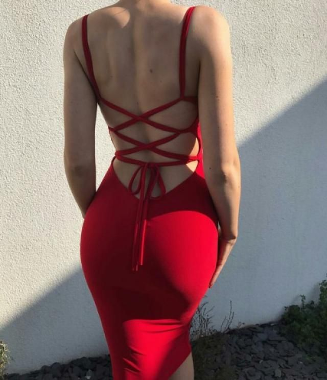 Backless red dress for WEDDINGS! lol. Okay not weddings but still beautiful and sexy