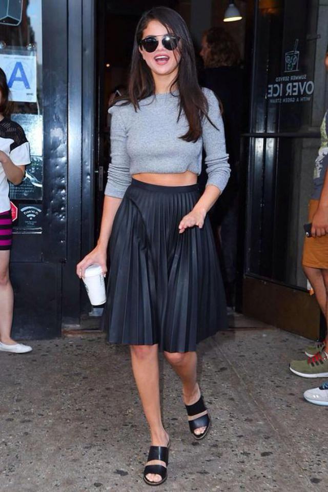 Women skirt, modern style!!