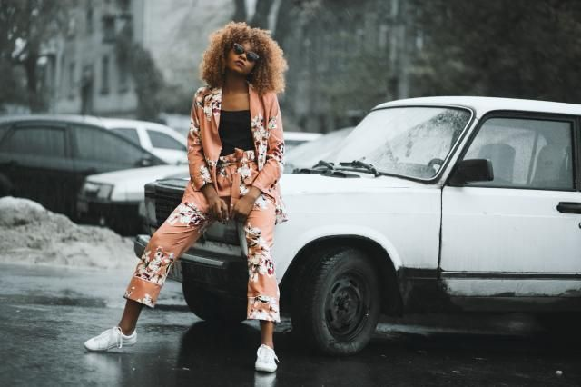 http://www.melodyjacob.com/2017/10/belted-floral-blazer-and-pant.html