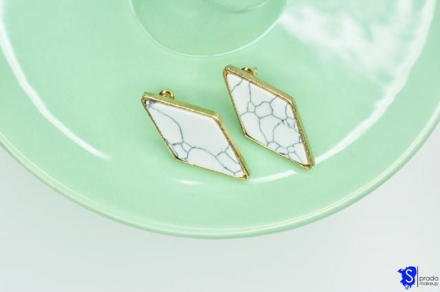 Marble earrings great for everyday outfit